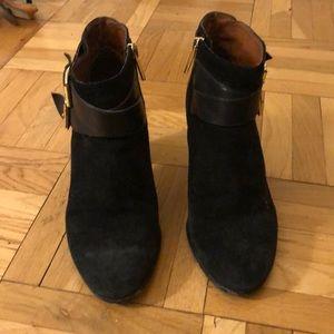 Louise et Cie Shoes - Louise et Cie black suede booties